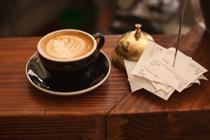 Tómese una taza de café con nosotros